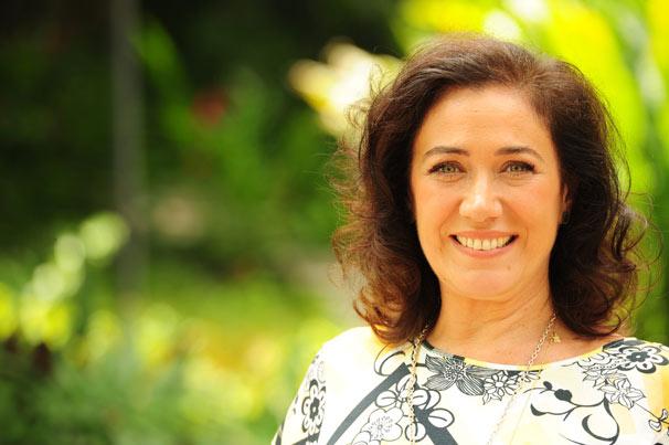 Lilia Cabral vive Mercedes na série Divã (Foto: TV Globo/João Miguel Júnior)