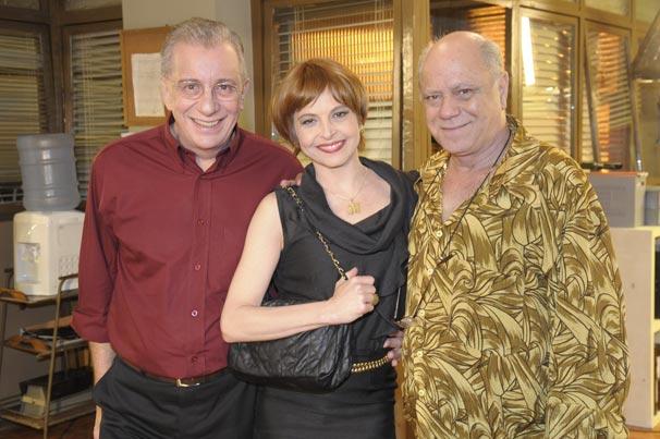 Drica Moraes participa de A Grande Família ao lado de Marco Nanini e Tonico Pereira (Foto: TV Globo / Renato Rocha Miranda)