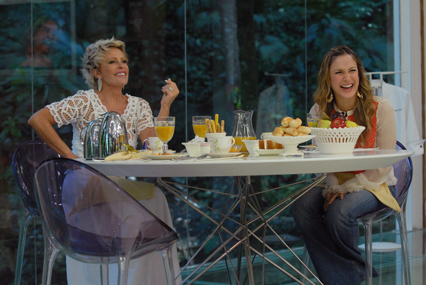 Mais Você - Claudia Leitte toma café com Ana Maria Braga (Foto: Alex Carvalho / Divulgação TV Globo)
