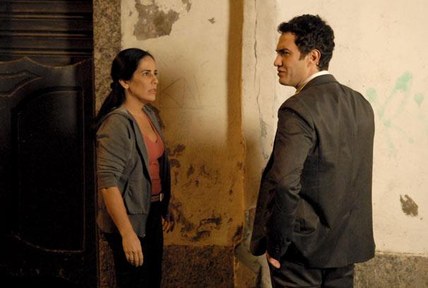 Norma (Glória Pires) encontra Léo (Gabriel Braga Nunes) e percebe que terá que se transformar em uma pessoa bem mais forte para destruí-lo (Foto: TV Globo / Marcio Nunes)