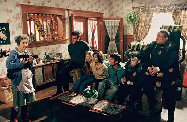 Os ladrões invadem a casa de Granny (Foto: Divulgação)