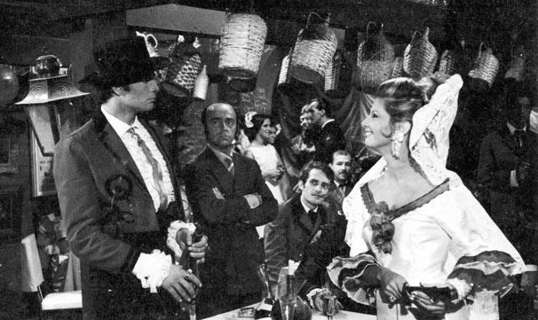 O toureiro Juan Gallardo (Tarcísio Meira) e a elegante Doña Sol (Glória Menezes) (Foto: CEDOC/ TV Globo)