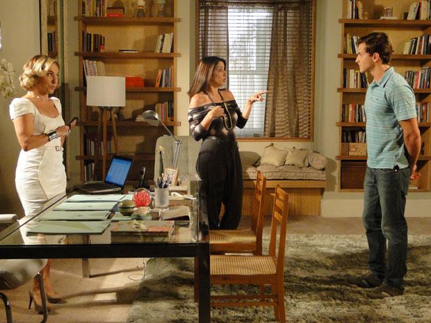 Caco indica Guilherme para trabalhar no SPA e Augusta o contrata (Foto: TV Globo/ Morde & Assopra)