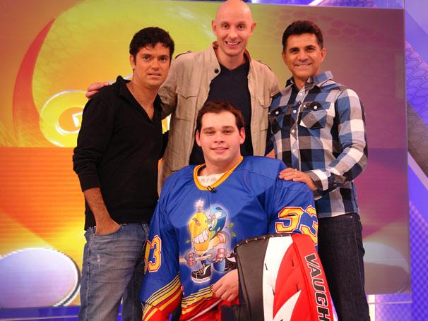 Tande recebe (Foto: TV Globo/ Luanna de Britto)