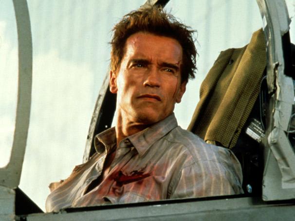 Arnold Schwarzenegger vive Harry Tasker, um agente secreto do governo americano (Foto: Divulgação)