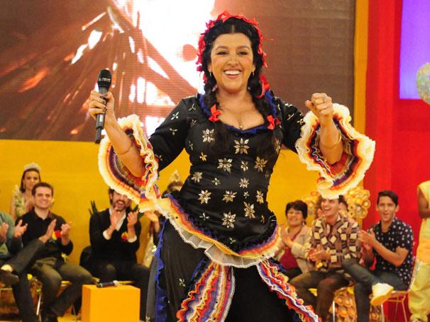 Regina Casé apresenta Esquentão!, programa especial de São João (Foto: TV Globo / João Miguel Júnior)