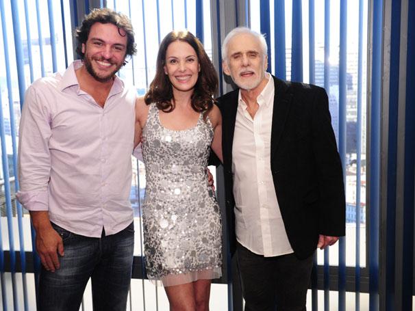 Rodrigo Lombardi, Carolina Ferraz e Francisco Cuoco (Foto: TV Globo/João Miguel Júnior)