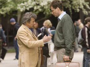 Dustin Hoffman vive um professor de literatura que dá conselhos a Harold (Foto: Reprodução)