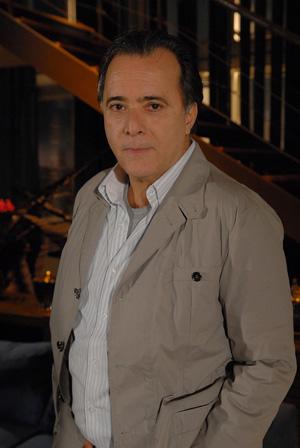 Tony Ramos compete como o Totó de Passione (Foto: Divulgação TV Globo)