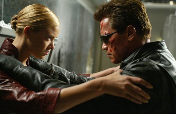Exterminador do Futuro 3 -  O Exterminador (Arnold Schwarzenegger) agora enfrenta a poderoa T-X (Foto: Divulgação)