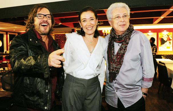 O diretor de núcleo Wolf Maia, a atriz Lília Cabral e o autor Aguinaldo Silva  (Foto: João Miguel Jr./ TV Globo)