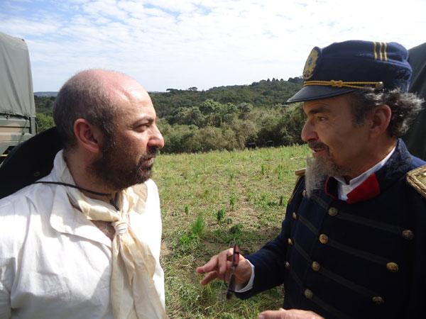 """Gumercindo Saraiva e o General Carneiro em """"Amor em Tempos de Guerra"""" (Foto: Divulgação/RPC TV)"""