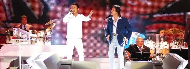 Mc Leozinho e Roberto Carlos (Foto: TV Globo/ Márcio de Souza)