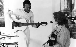 Pelé e Roberto Carlos (Foto: TV Globo/ CEDOC)