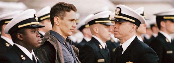 Jake Huard (James Franco) consegue vaga na academia naval de Annapolis (Foto: Divulgação)