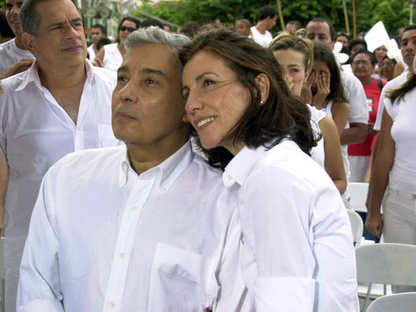 Vicente (Pedro Paulo Rangel) e Cecília (Cássia Kiss) tem final feliz  (Foto: TV Globo / Gianne Carvalho)