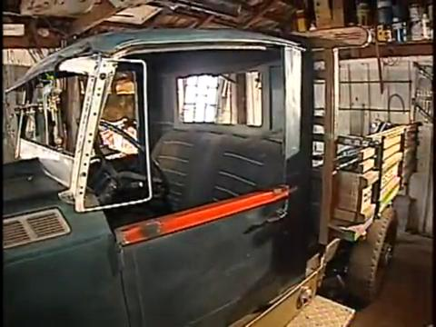 """O """"carro reciclado"""": invensão paranaense! (Foto: Reprodução)"""