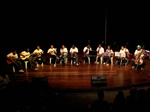 Criança Esperança Ensaio músicos no Cantagalo  (Foto: Stéphanie Saramago )
