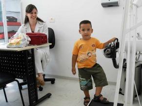 Aluno atendido pelo Programa Saúde nas Escolas (Foto: Radilson Carlos Gomes)