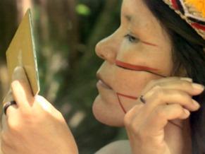 Pintura de índio Pataxó de Porto Seguro (Foto: Reprodução de TV)