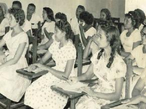 Escola Radiofônica de Petrolina do Movimento de Educação de Base (MEB) (Foto: Divulgação)