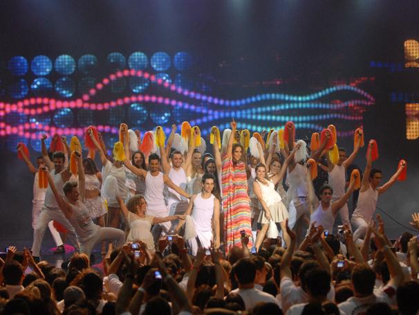 Em clima de festa, show da virada reúne músicos de diferentes estilos para celebrar o ano novo (Foto: TV GLOBO / Zé Paulo Cardeal)