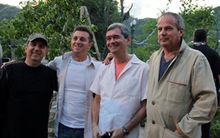 Afonso, Jayme Monjardim e João Daniel produzem vinheta de ano (Foto: TV Globo / Camila Crespo)