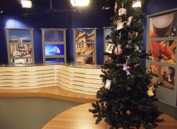 Mensagens serão lidas ao vivo pelo apresentadores (Foto: Caroline Hendges/TV Integração)