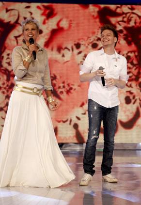 Xuxa e Michel Teló (Foto: Divulgação/TV Globo)