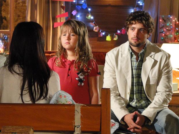 A Vida da Gente - Manu diz para Júlia que vai se separar de Rodrigo (Foto: Divulgação TV Globo)