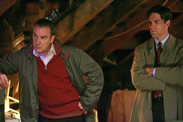 Mentes Criminosas - Hotch tem que fazer uma avaliação de Gideon depois de um desatre (Foto: Disney / Divulgação)
