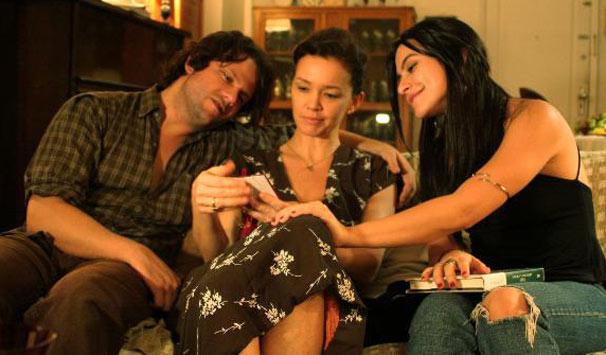 Selton Mello, Julia Lemmertz e Cleo Pires em cena: atriz revela que clima nas gravações era bem tranquilo (Foto: Divulgação)