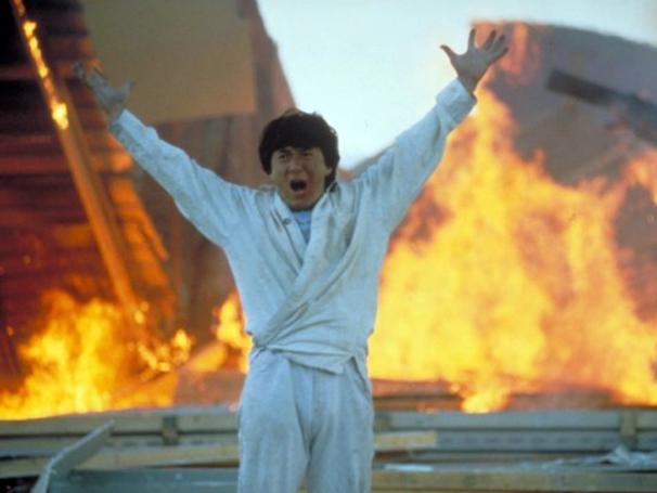 Jackie Chan é conhecido por seus filmes que misturam comédia e ação (Foto: Divulgação)