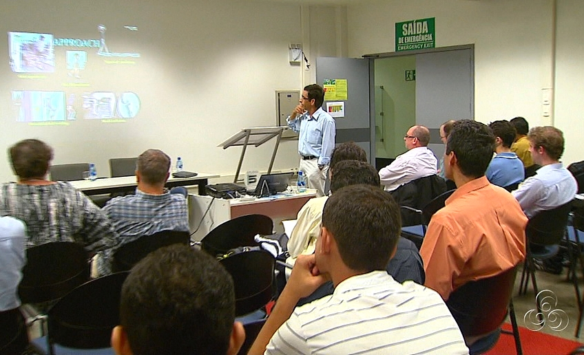 Pesquisadores apresentam discutem sobre seus projetos  (Foto: Bom dia Amazônia)