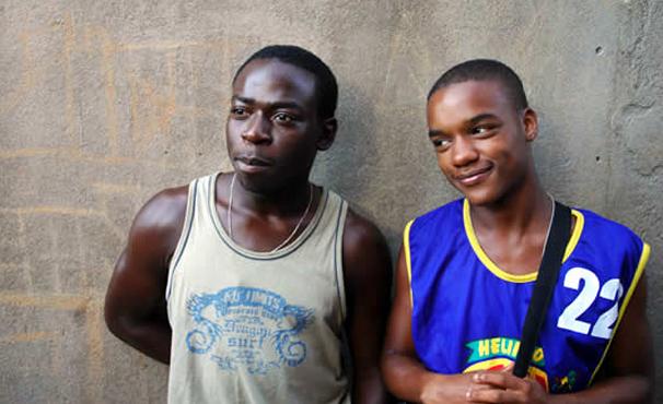 Laranjinha e Acerola cresceram juntos na Favela (Foto: Divulgação)
