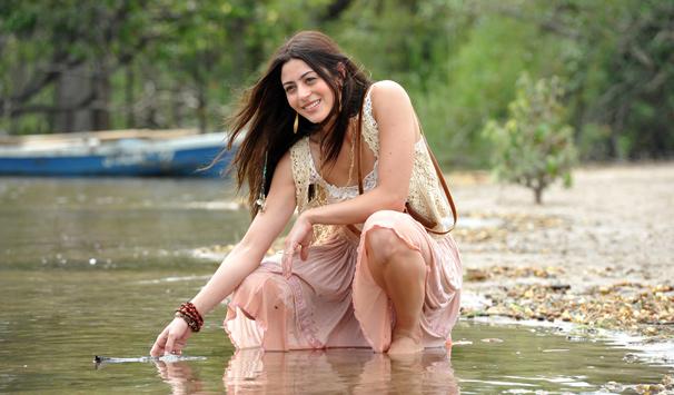 Carol Castro interpreta Jacira, uma mulher com talento para o artesanato (Foto: Alex Carvalho/ TV Globo)