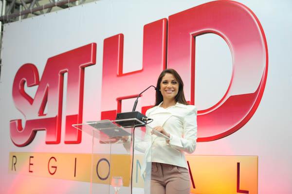 Maria Melilo, vencedora do BBB 2011, foi a mestre de cerimônias do evento SAT HD Regional (Foto: Rafael Marconatto)