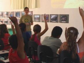 Terra Brasilis fez trabalho de educação ambiental nas escolas (Foto: Reprodução de TV)