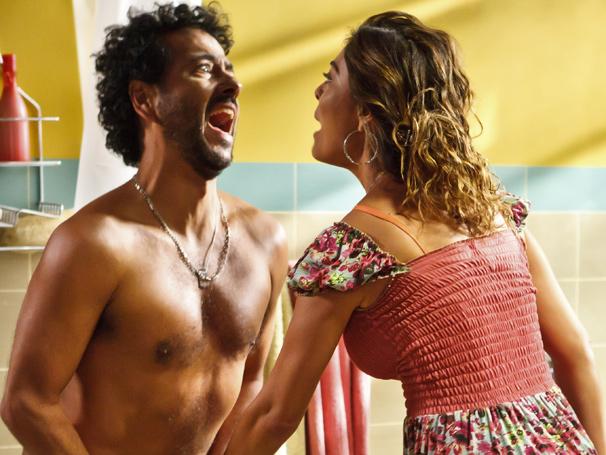 Marcos Palmeira é Anderson, marido de Janaína, personagem de Juliana Paes (Foto: Ique Esteves/ TV Globo)