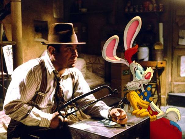 Bob Hoskins vivia um detetive em 'Uma Cilada Para Roger Rabbit' (Foto: Divulgação / Disney)