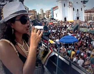 Globo Comunidade discute a confusão do pré-carnaval de Curitiba (Foto: Reprodução)