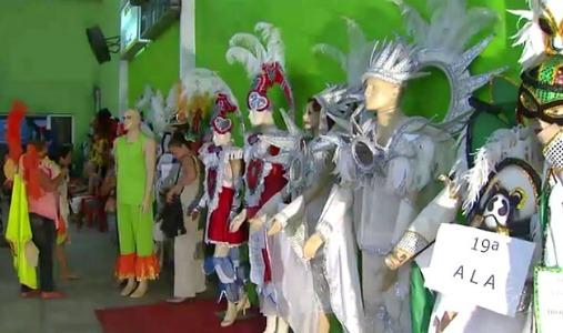Fantasias da Escola de Samba Aparecida (Foto: Bom dia Amazônia)