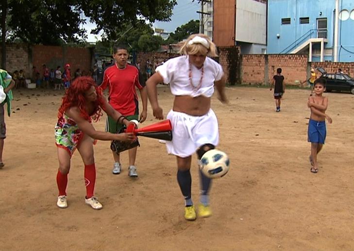A comunidade gosta e torce pelo time das quase mulheres (Foto: Globo Esporte AM)