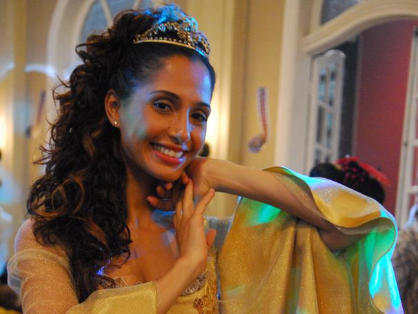 Camila Pitanga como Rose, em Cama de Gato (Foto: Divulgação/TV Globo)