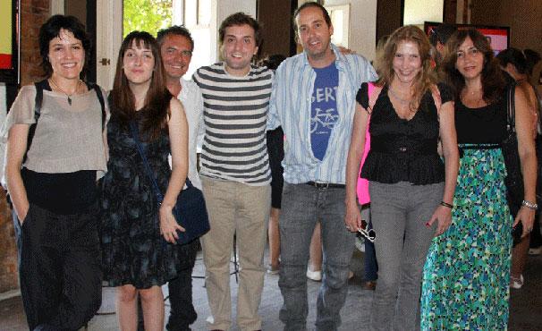 Equipe responsável pela série se reuniu com elenco em evento de apresentação (Foto: Divulgação / TV Globo)
