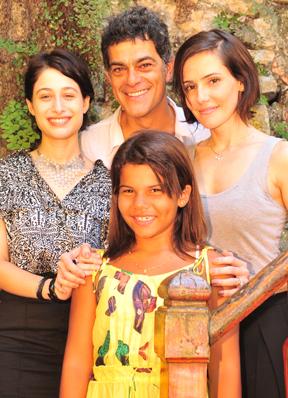 Deborah Secco, Luisa Arraes, Laura Barreto e Eduardo Moscovis  (Foto: TV Globo/ João Miguel Júnior)