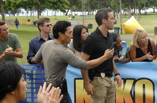 Hawaii Five-0 - A investigação os leva a uma competição de triatlo (Foto: Divulgação)