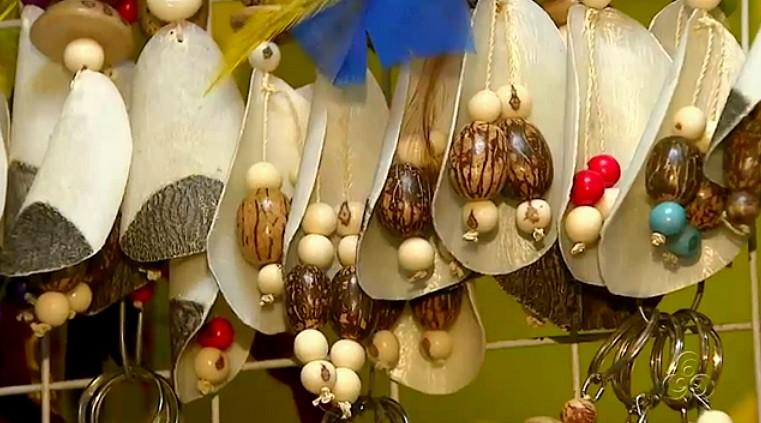 Escama do pirarucu usada na produção de artesanato (Foto: Bom dia Amazônia)