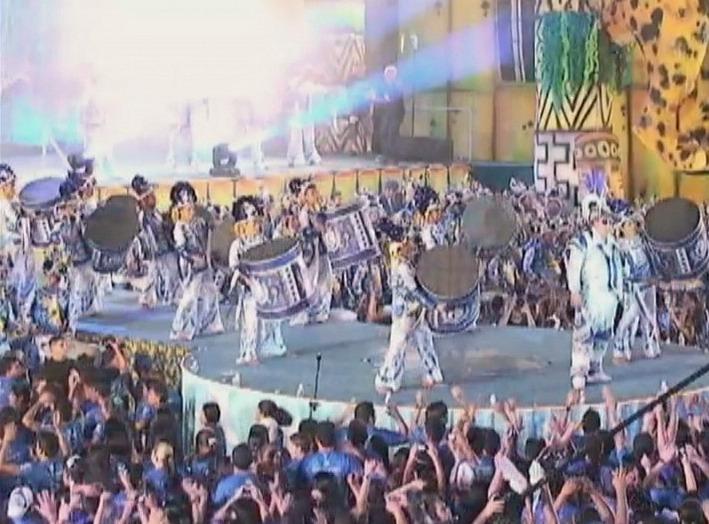 A Marujada embalou a noite dos brincantes do boi azul e branco (Foto: Jornal do Amazonas)