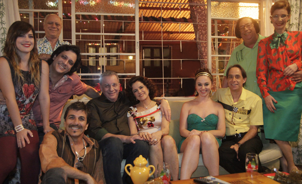 Já na Grande Família, Lineu sofre um acidente e acorda após 4 anos em coma (Foto: Divulgação / TV Globo)